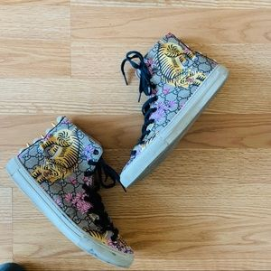 💯Gucci bengal tiger spiked high top sneakers